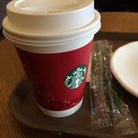 Photo taken at Starbucks by 若若妖 on 1/17/2014