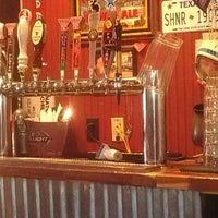 Photo taken at M.L.Rose Craft Beer & Burgers by E. B. on 9/18/2012