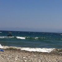 Photo taken at vizyon beach by Melek 😇 on 7/22/2015
