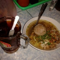 Photo taken at Bakso Pak Narto by Hamam H. on 6/7/2013