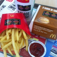 Photo taken at McDonald's by Alexandre B. on 4/26/2013
