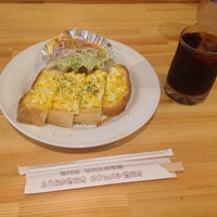 Photo taken at 物豆奇 by 熊 え. on 9/19/2014