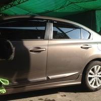 Photo taken at Super Clean Car Wash บริการล้างรถ by Thidarat P. on 12/6/2013