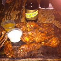 Photo taken at El Mero Mero Ribs & Grill by Tonatiuh B. on 6/8/2014