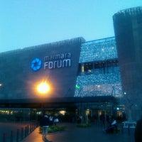 11/18/2013 tarihinde Fethi K.ziyaretçi tarafından Marmara Forum'de çekilen fotoğraf