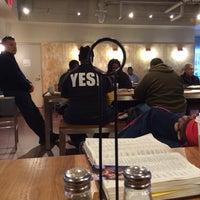 Foto scattata a Green Tomato Cafe da Terrance F. il 1/23/2014