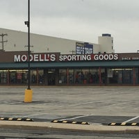 Photo taken at Modell's Sporting Goods by Lee R. on 1/17/2017