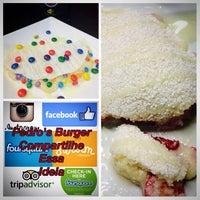Photo taken at Pedro's Burgers e Tapiocas by Pedro M. on 7/15/2015