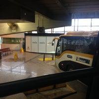 Foto tomada en Estación de Autobuses de Santiago por Victor S. el 11/6/2013