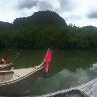 Photo taken at ถ้ำลอด-ถ้ำผีหัวโต by TKL Thailand .. on 4/13/2017