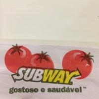 Foto tirada no(a) Subway por Fernando B. em 5/1/2013