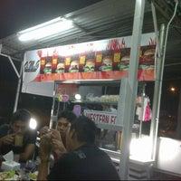 Photo taken at O.M.G Burger Bakar by Mohd Khairul A. on 12/31/2012