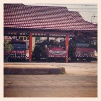Photo taken at Kantor Kecamatan Samarinda Seberang by Wan P. on 2/13/2014