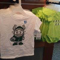 Photo taken at Portland State Bookstore by Patt S. on 7/12/2017