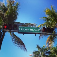 Photo taken at Lincoln Road Mall by Xande on 5/4/2013