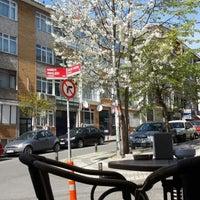 4/13/2014 tarihinde Yalçın D.ziyaretçi tarafından Bambi Cafe'de çekilen fotoğraf