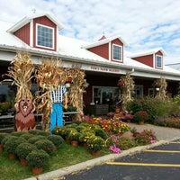 Photo taken at Tom's Farm Market & Greenhouses by K. K. on 9/25/2014
