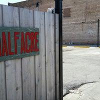 รูปภาพถ่ายที่ Half Acre Beer Company Balmoral Tap Room & Barden โดย K. K. เมื่อ 4/22/2018