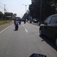 Photo taken at Jalan Raya Bogor by nuning l. on 6/26/2013