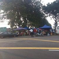 Photo taken at Pasar Malam Bandar Baru KS by Rman S. on 1/25/2014