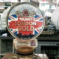 Photo taken at The Tin Goose (Pub & Kitchen) by Dror T. on 10/25/2012