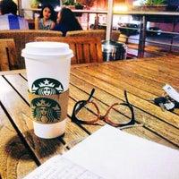 Photo taken at Starbucks by Manolito P. on 5/20/2013