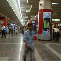Photo taken at Domestic Arrivals - اندرون ملک آمد by Jabar R. on 8/20/2013