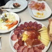 Foto tomada en Restaurante El Pastoret por Sal S. el 12/20/2015