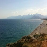 7/24/2013 tarihinde Umut B.ziyaretçi tarafından Konyaaltı Plajı'de çekilen fotoğraf