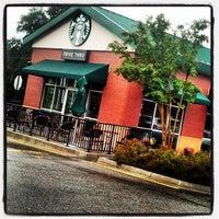 Photo taken at Starbucks by Martin K. on 10/13/2013