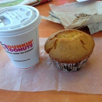 Photo taken at Dunkin' Donuts by Sofia G. on 1/30/2014