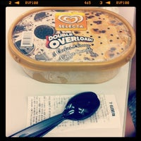 Photo taken at 7-Eleven by Doel S. on 2/5/2014
