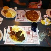 Photo taken at Bill's Bread & Breakfast by Shayna H. on 5/17/2013