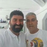 Photo taken at Gözde Erkek Kuaförü by Osman Nuri Y. on 6/6/2016