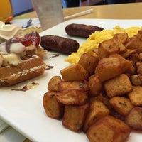 Photo taken at Proino Breakfast Club by Jon K. on 4/19/2015