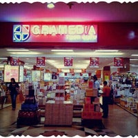 Photo taken at Gramedia by Uda Aank F. on 8/2/2016