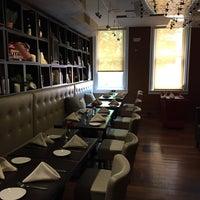 Foto tirada no(a) Gran Caffe L'Aquila por Kelly C. em 5/12/2015