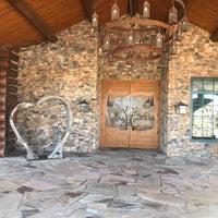 Photo taken at Wilderness Ridge - Lodge Restaurant by Jay W. on 11/21/2017