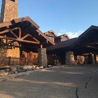 Photo taken at Wilderness Ridge - Lodge Restaurant by Jay W. on 8/22/2017
