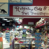 Photo taken at Reigning Cats And Dogs by Robert A. on 1/1/2014