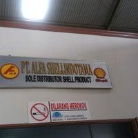 Photo taken at Pt. Alfa shellindotama by Firdaus F. on 5/20/2013