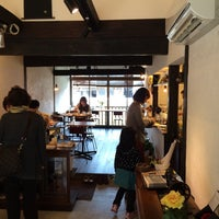 Photo taken at Cafe ことん by Ryuji U. on 4/1/2014