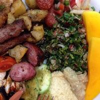 Foto tirada no(a) Sevan Gastronomia Árabe e Armênia por André C. em 11/23/2013