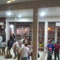 Photo taken at Terminal de Ómnibus de Trenque Lauquen by Mono B. on 12/26/2012