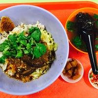 Photo taken at Ah Kow Mushroom Minced Pork Mee by Ah Leong S. on 3/28/2015