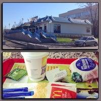 Снимок сделан в McDonald's пользователем Valentina K. 5/2/2013