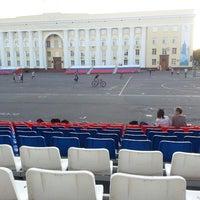 Снимок сделан в Площадь Ленина пользователем pokaifyy 7/14/2013