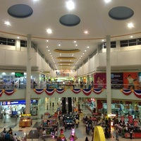 Photo taken at SM Supercenter Muntinlupa by Robert D. on 6/8/2013