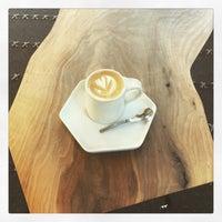 Photo prise au Moniker Coffee Co. par Ti W. le7/25/2016