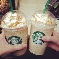 Снимок сделан в Starbucks пользователем Ksenia F. 5/3/2013